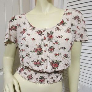 BODY CENTRAL Crop Top Cream Red Roses Floral Print